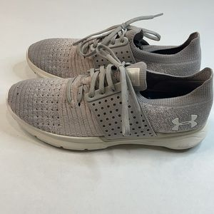 UNDER ARMOUR MENS CHARGED VANTAGE SNEAKERS